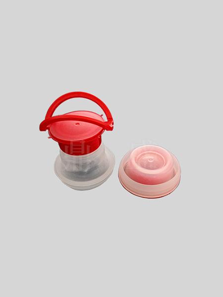 简单介绍塑料手提扣的喷漆流程